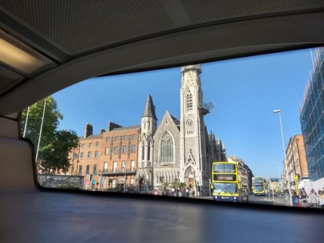 バスから眺めるダブリン市内